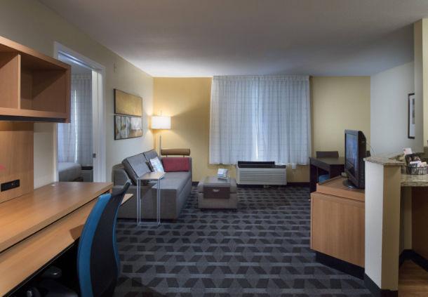 TownePlace Suites by Marriott Atlanta Alpharetta image 5