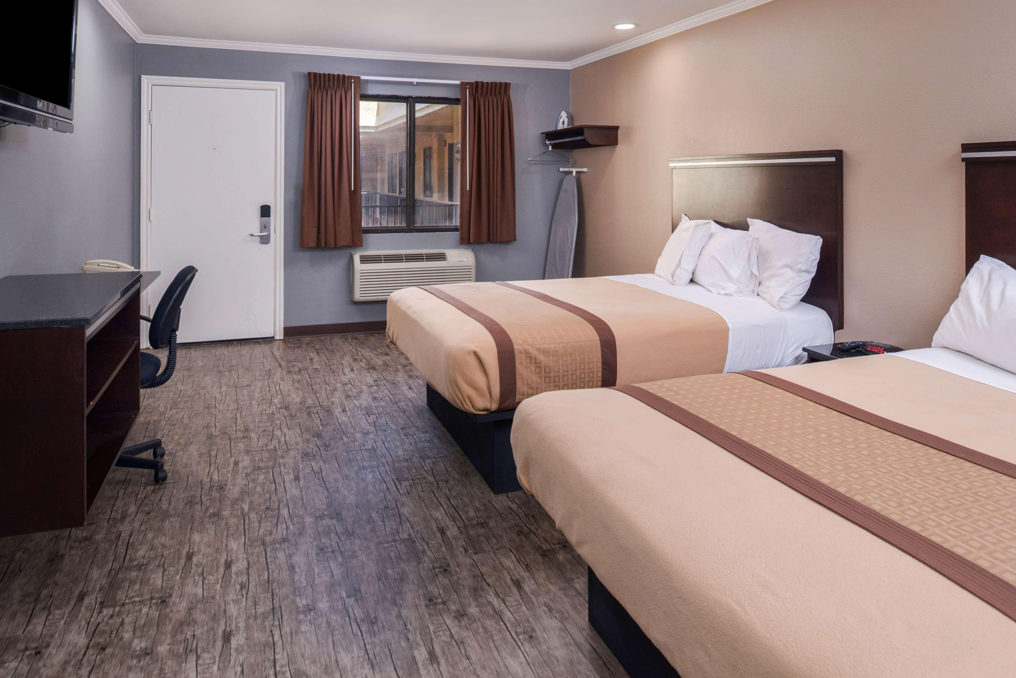 Americas Best Value Laguna Inn & Suites image 17