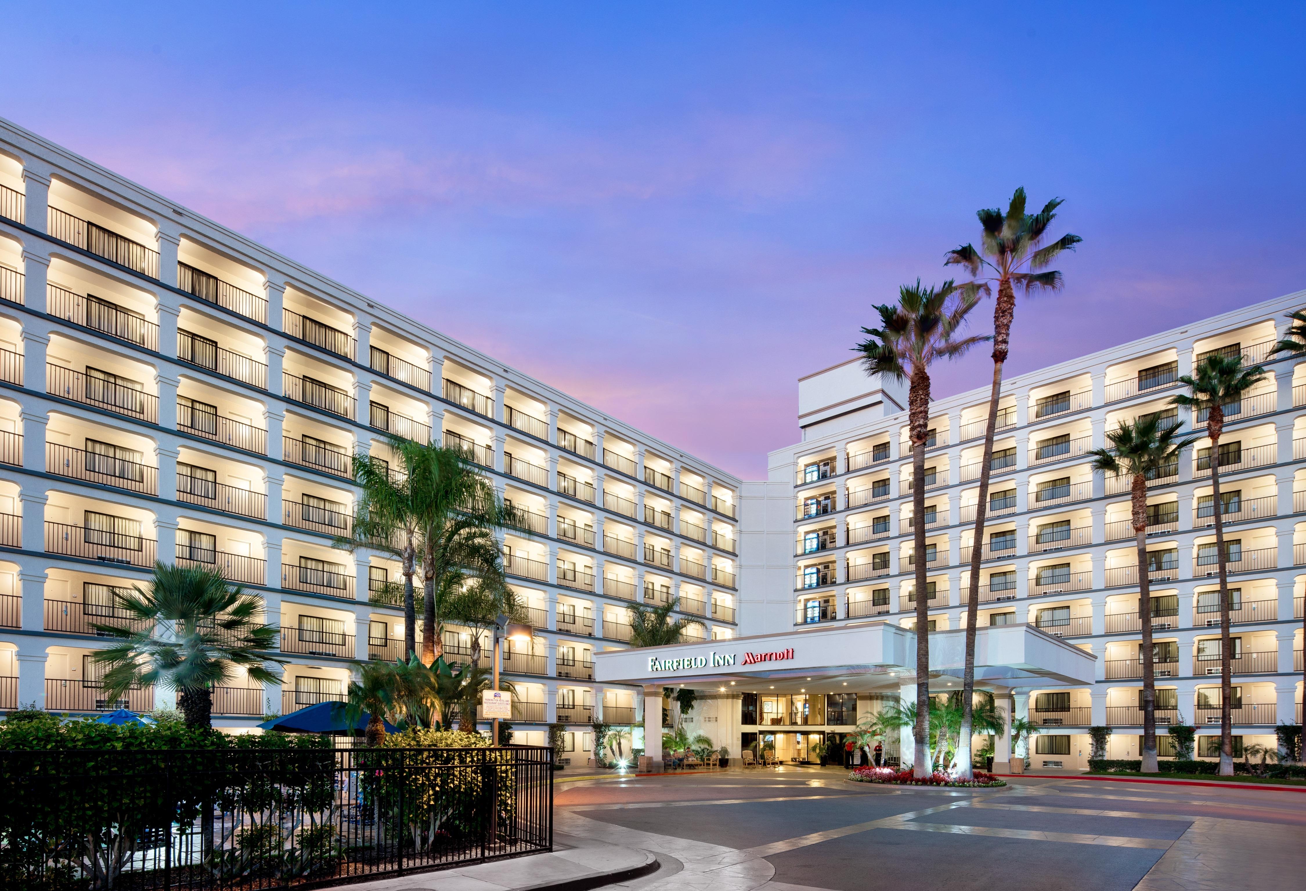 Anaheim Hotel Near Disneyland - Marriott