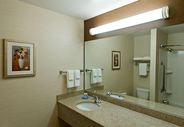 Fairfield Inn & Suites by Marriott Lawton image 2