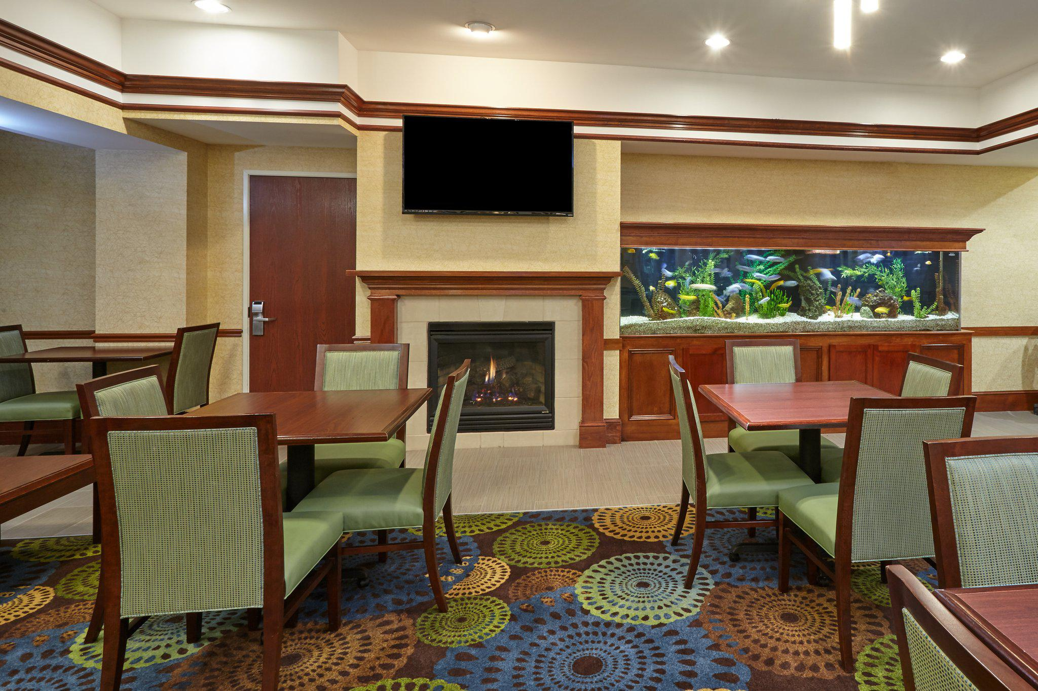 Holiday Inn Express & Suites Grand Rapids - South in Grand Rapids, MI, photo #7