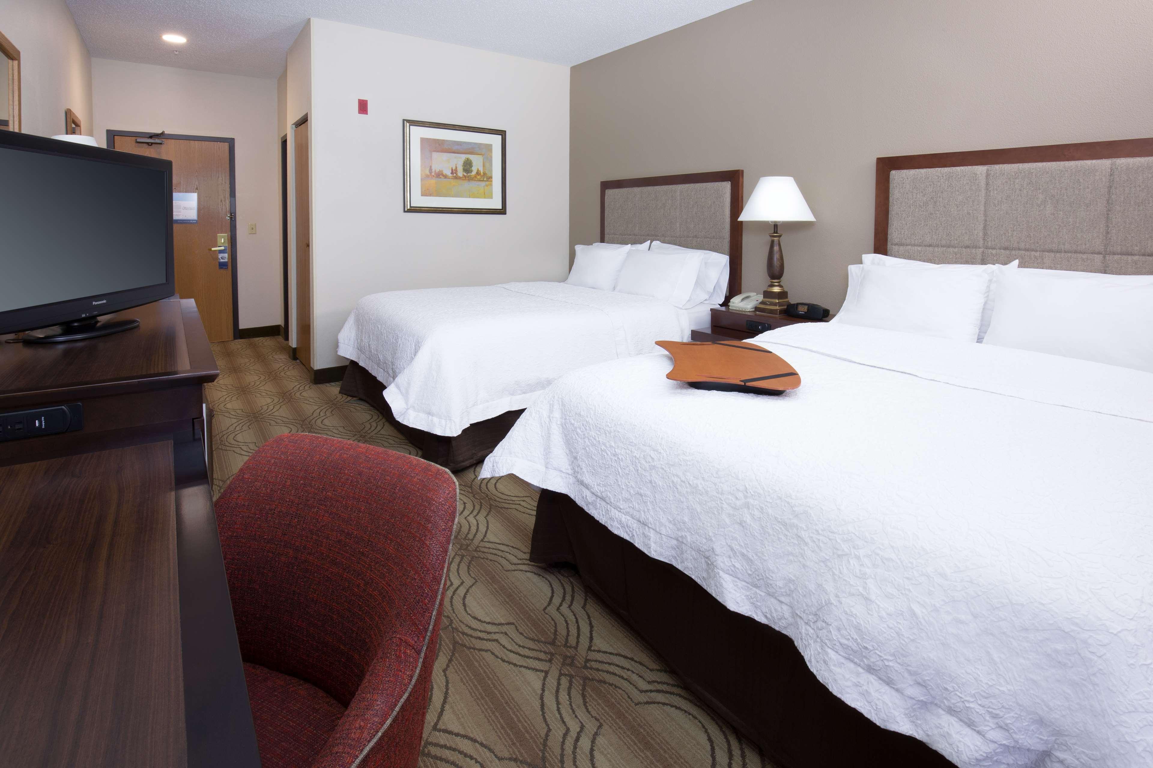 Hampton Inn & Suites Ft. Wayne-North image 31