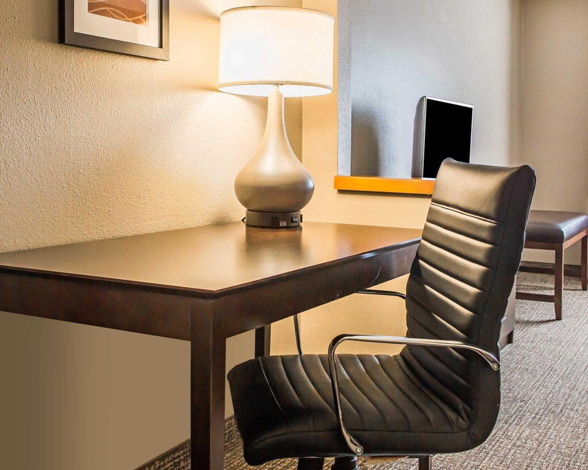 Comfort Inn & Suites Waterloo – Cedar Falls image 29