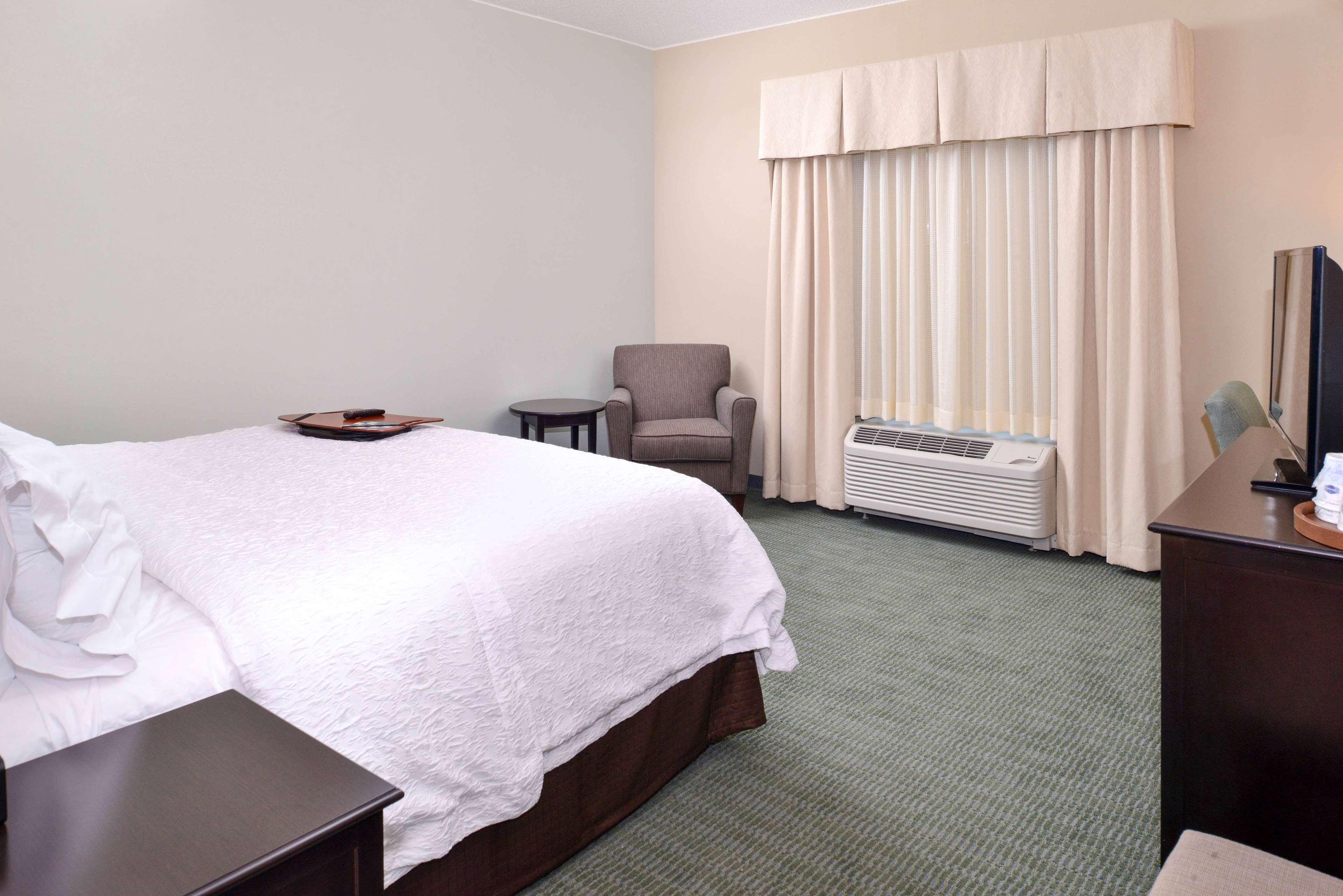 Hampton Inn & Suites Mount Joy/Lancaster West image 24