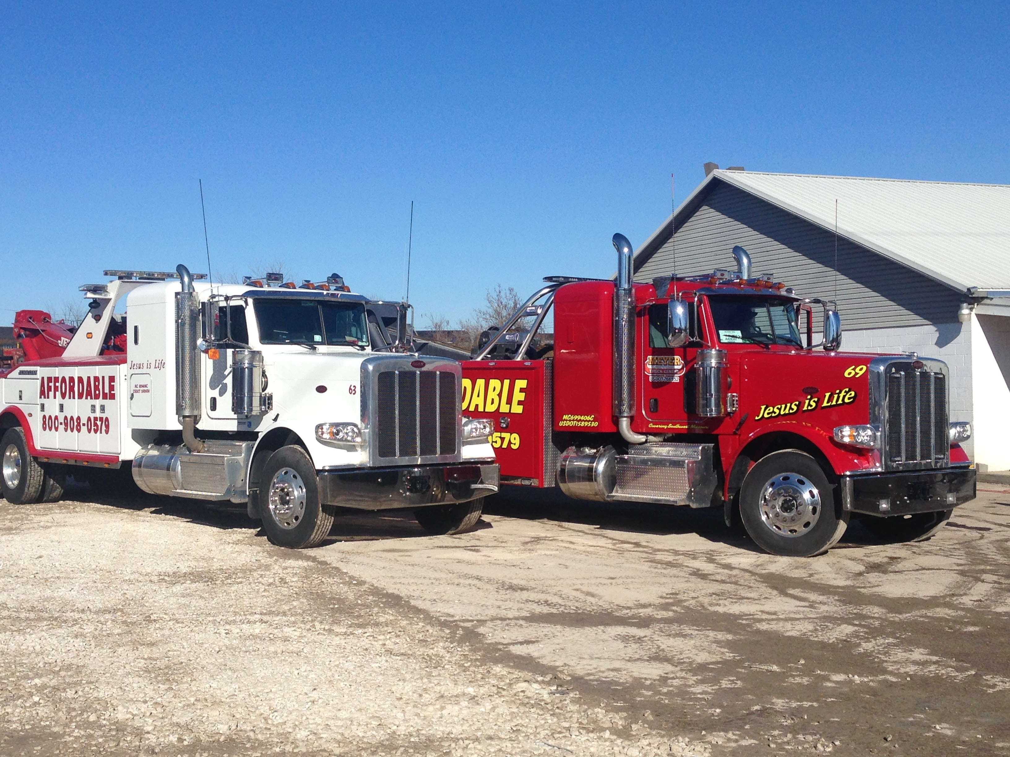 Affordable Towing image 4