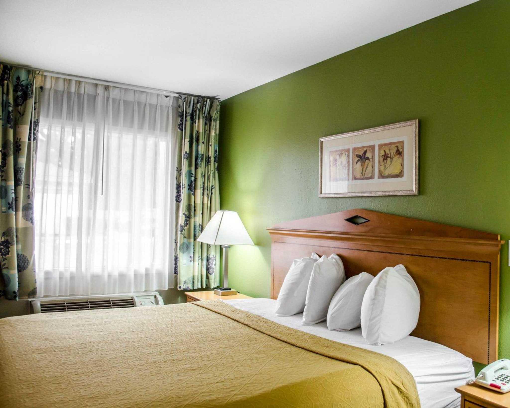 Quality Inn N.A.S.-Corry image 11