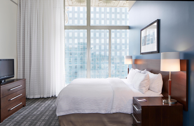 Residence Inn by Marriott Milwaukee Downtown image 12