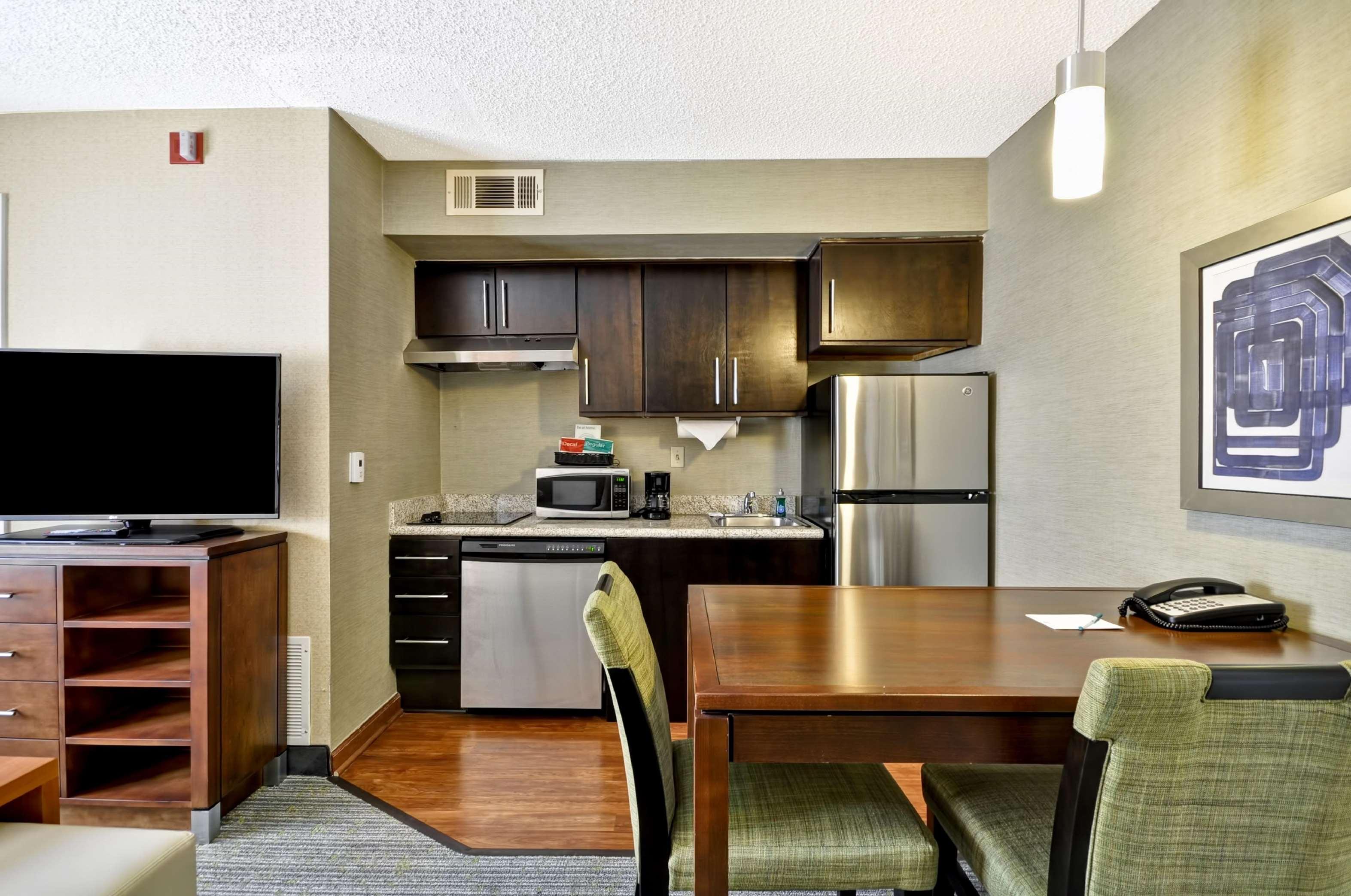 Homewood Suites by Hilton Atlanta-Galleria/Cumberland image 6