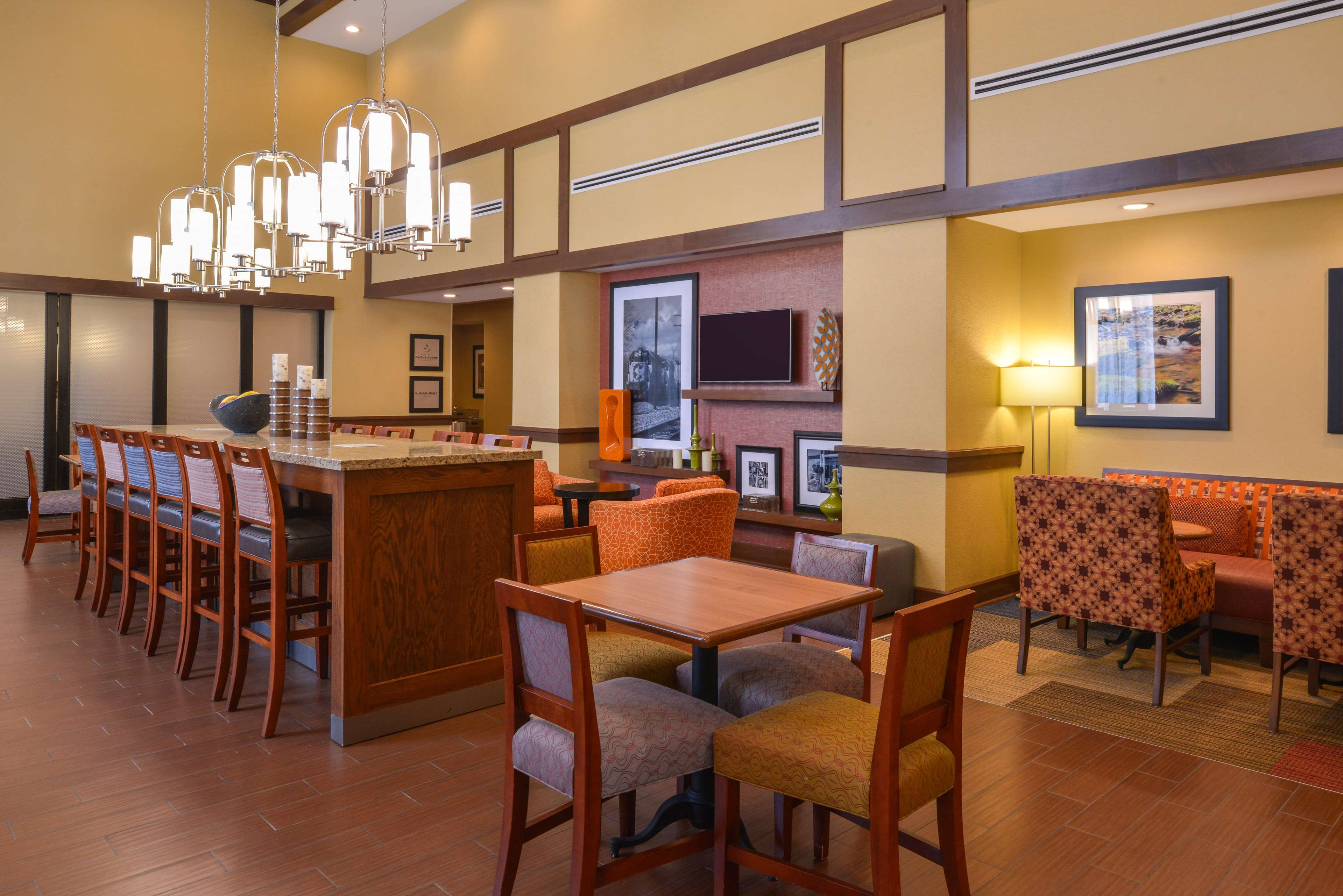 Hampton Inn & Suites Lonoke image 2