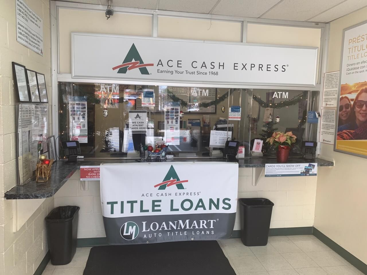 LoanMart Title Loans at ACE Cash Express image 4