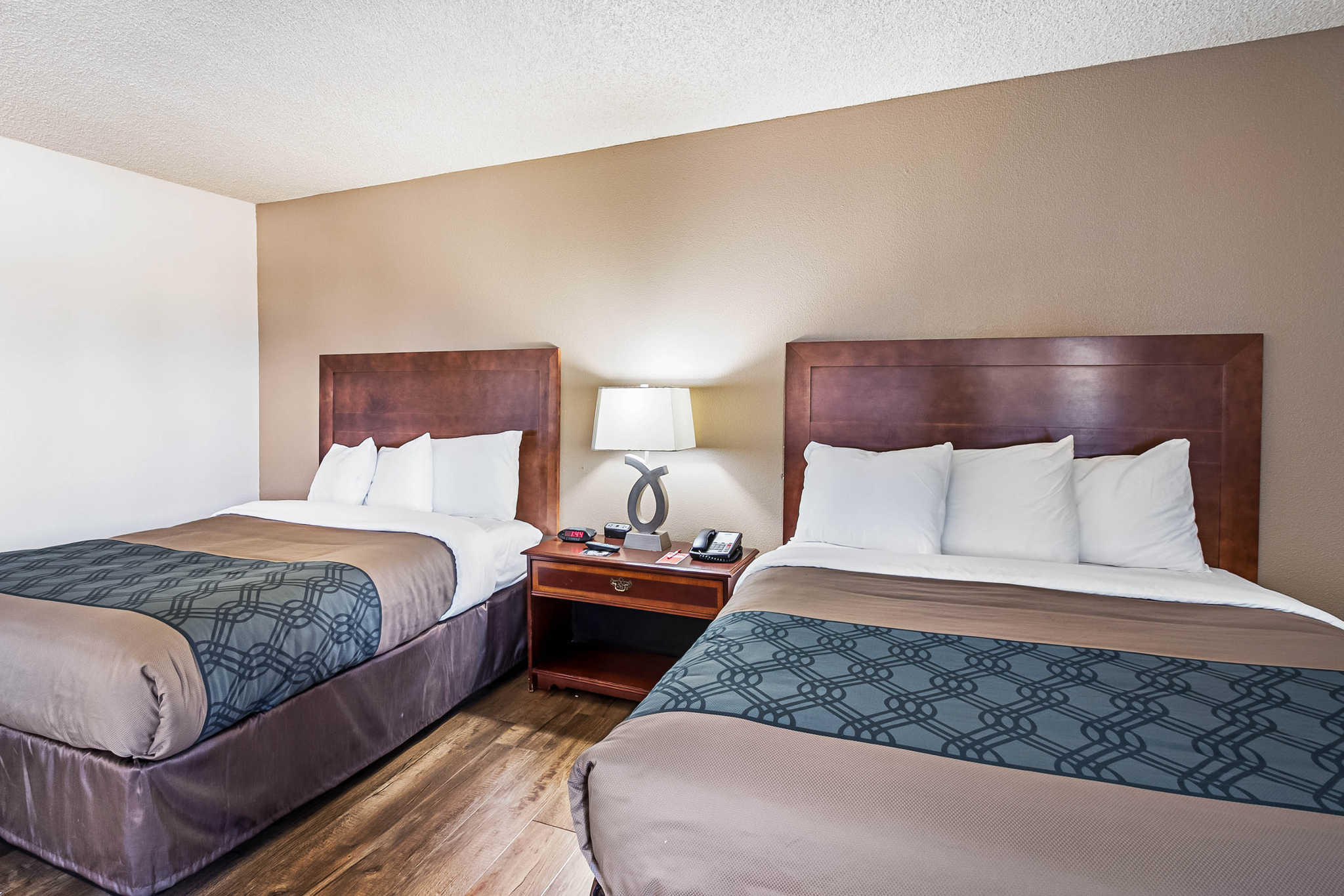 Econo Lodge Inn & Suites Yuba City - Marysville image 18