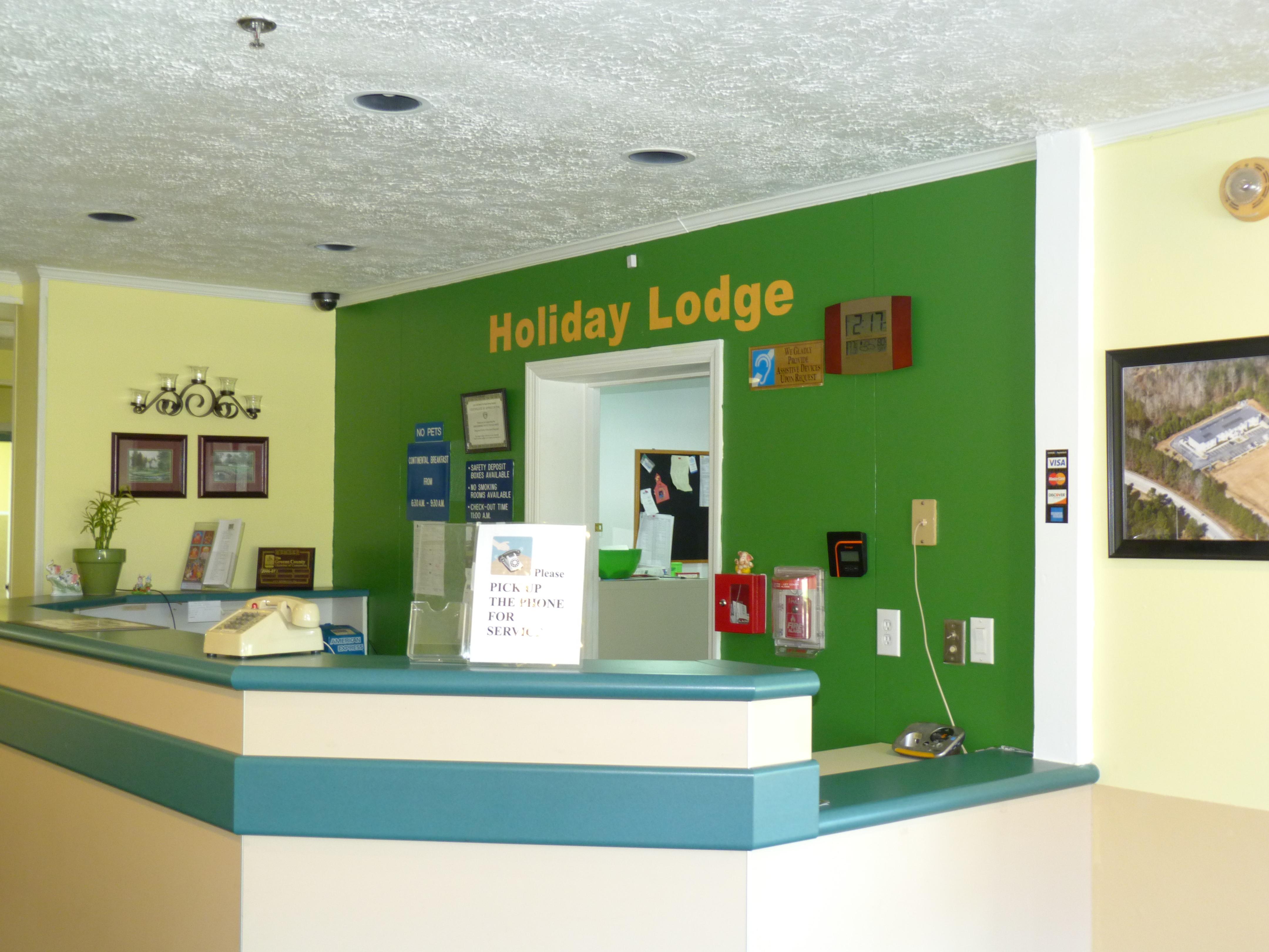 Holiday Lodge image 0