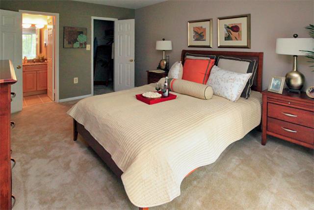Tall Oaks Apartment Homes image 0
