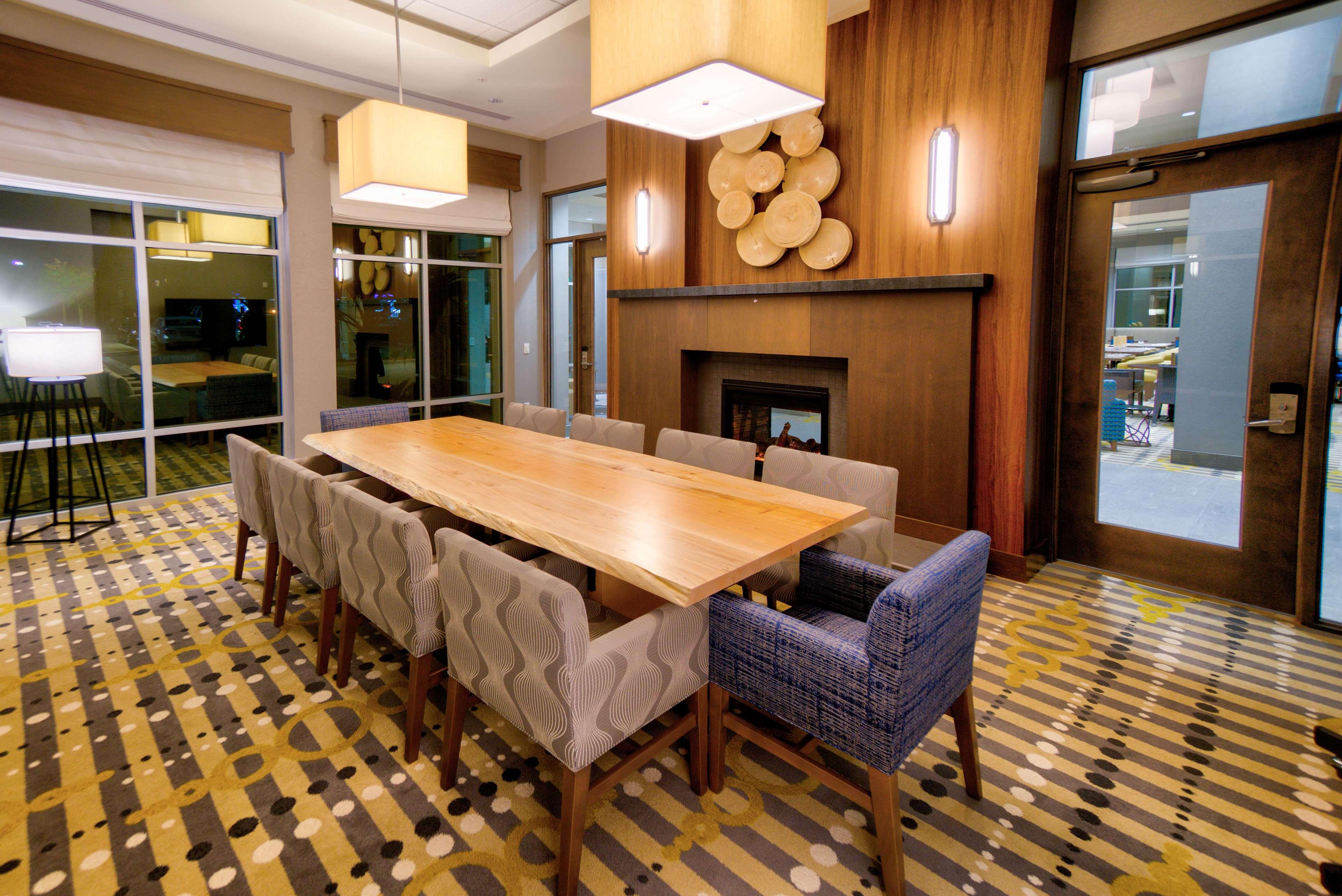 Hilton Garden Inn Santa Barbara/Goleta image 45