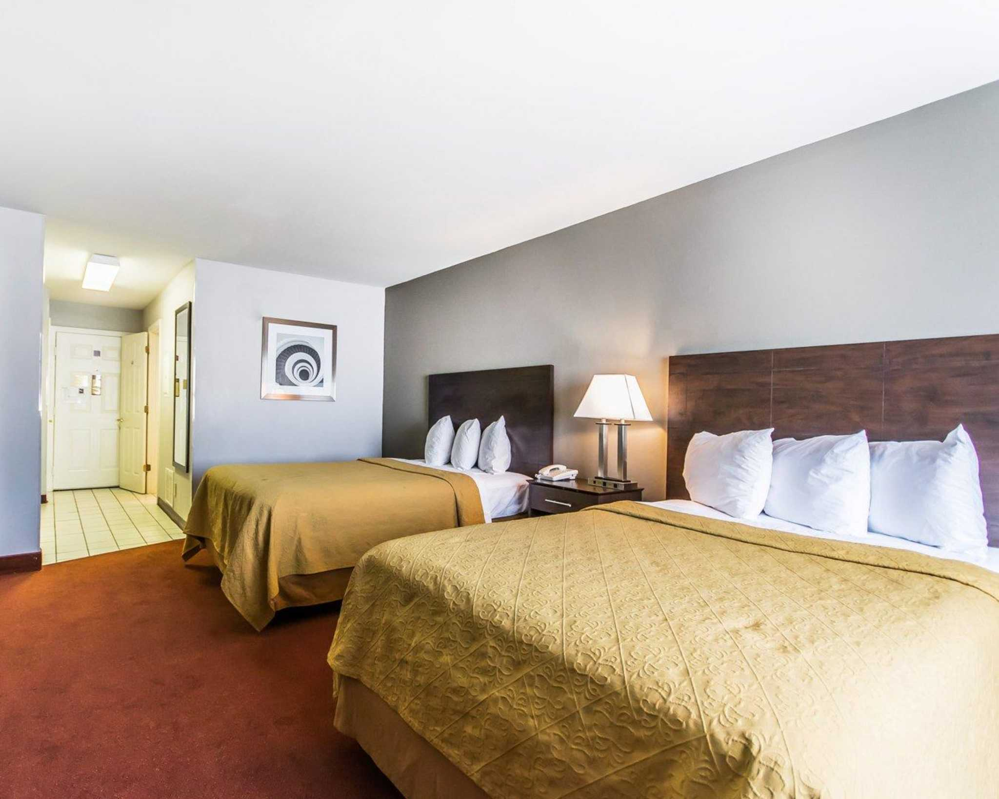 Quality Inn & Suites University/Airport image 25