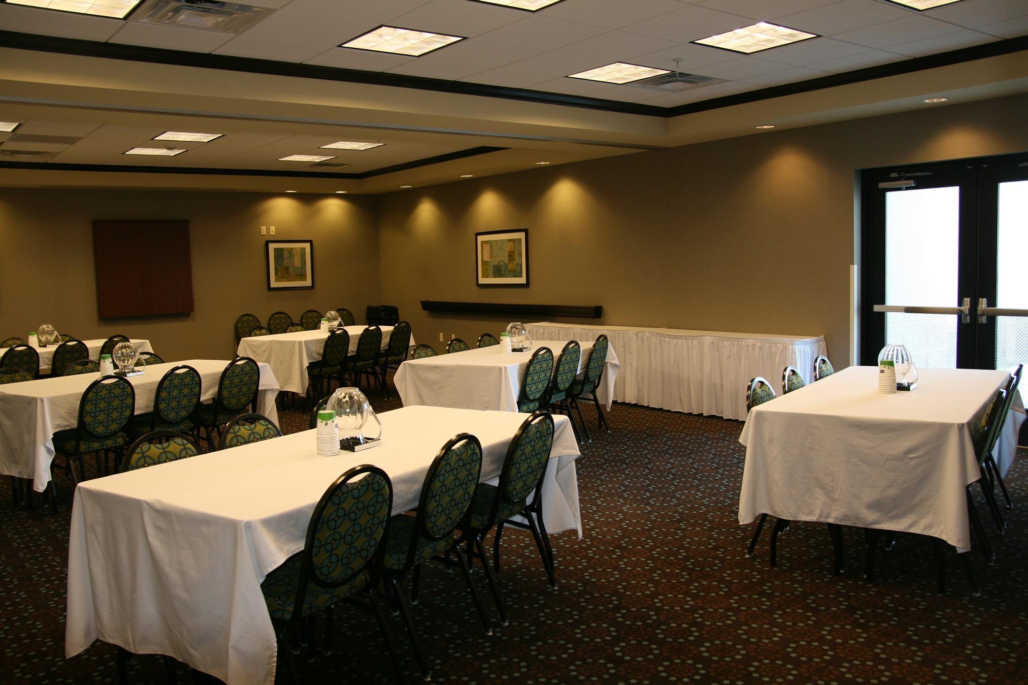 Custom Banquet Set up