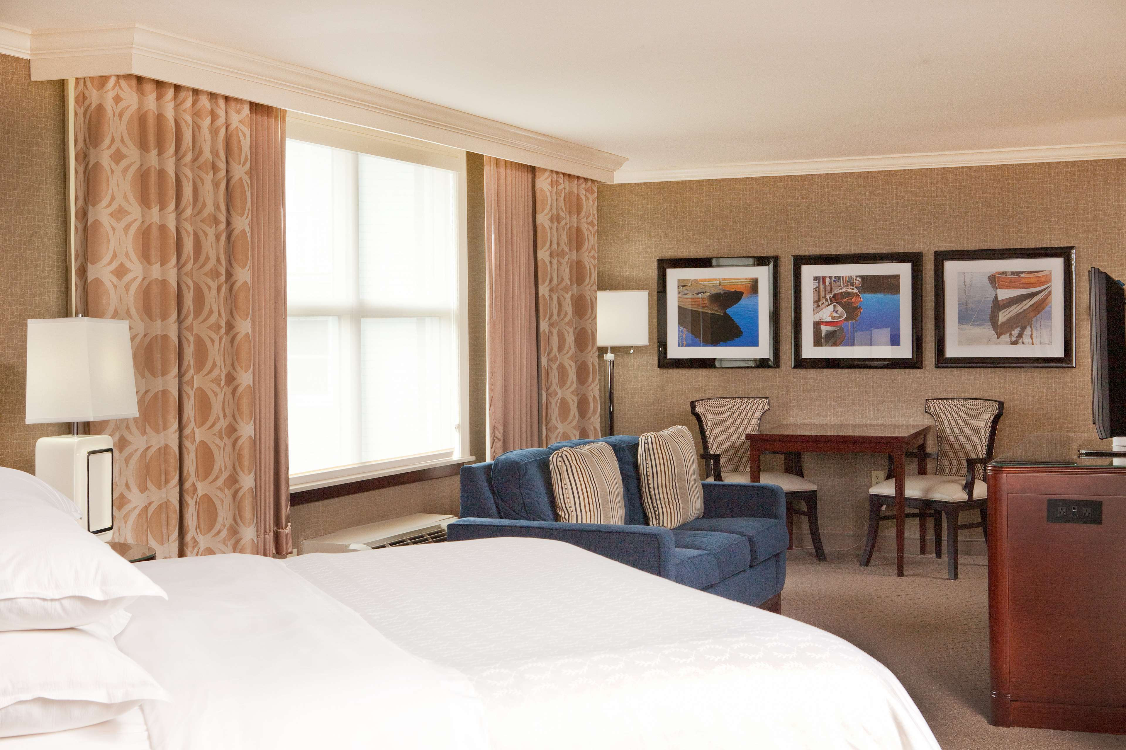 Sheraton Portsmouth Harborside Hotel image 22