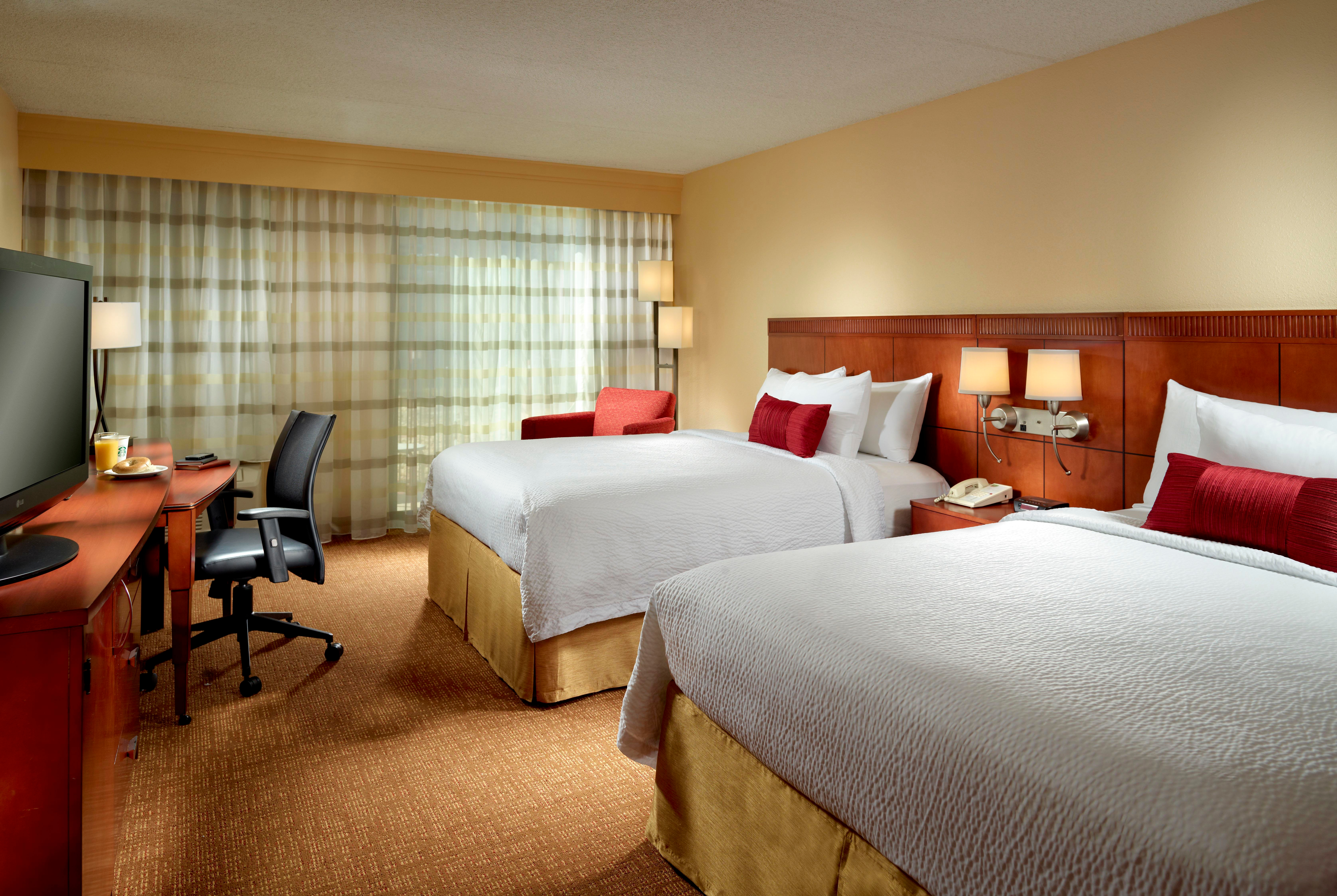 Courtyard by Marriott Columbus image 7