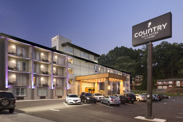 Country Inn & Suites by Radisson, Gatlinburg, TN image 0