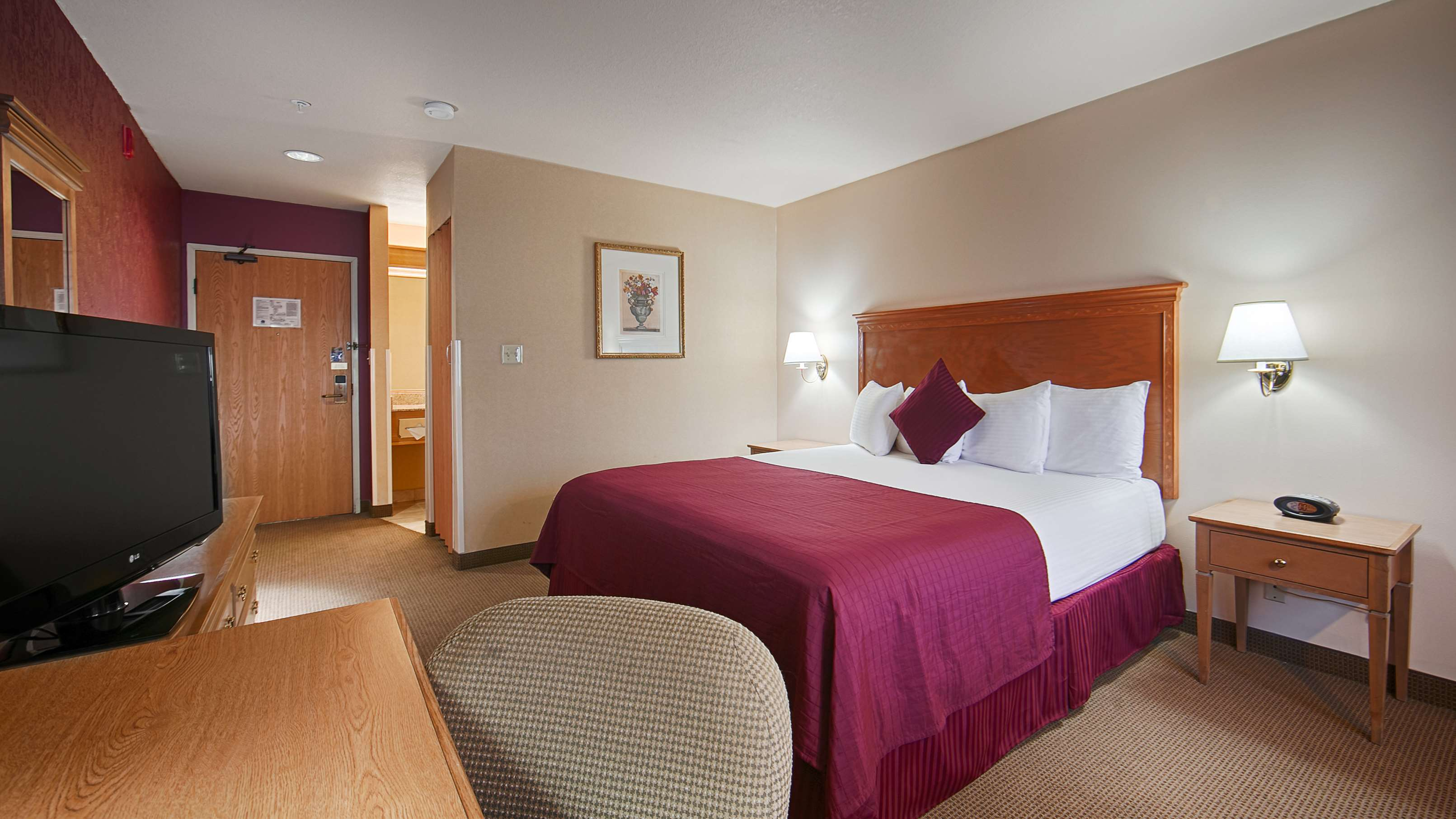 Best Western Plus Caldwell Inn & Suites image 21
