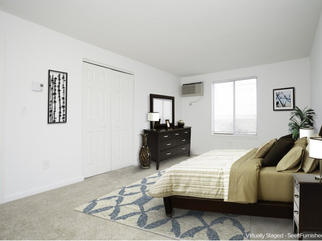 South Winds Apartments image 3