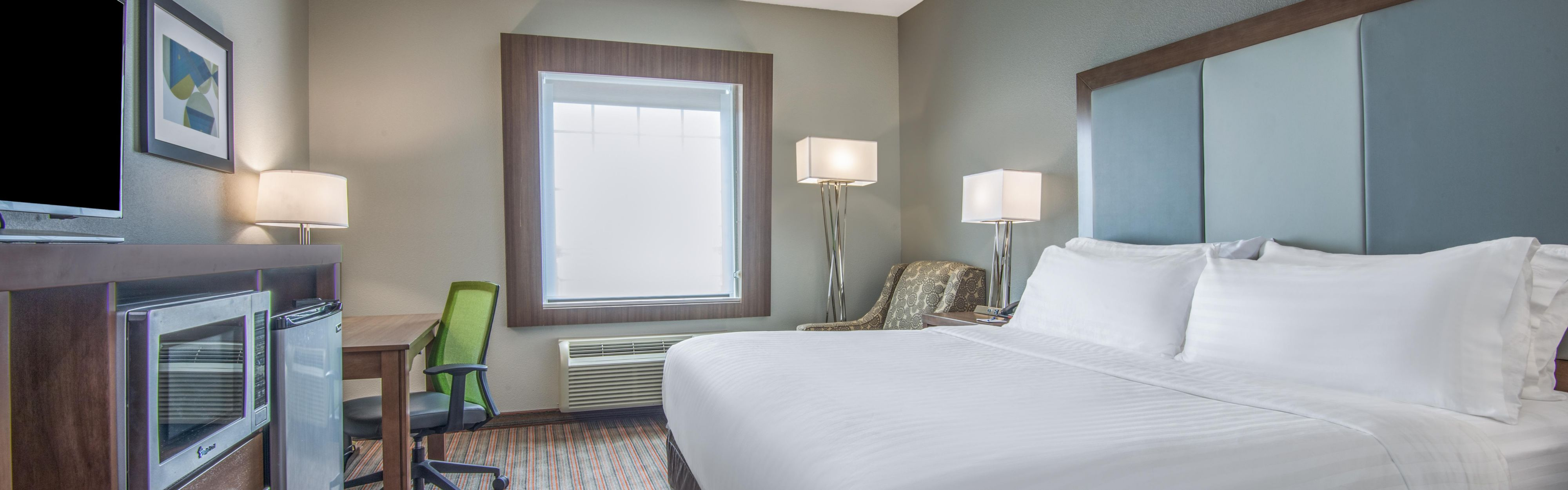 Holiday Inn Express & Suites Stillwater - University Area image 1