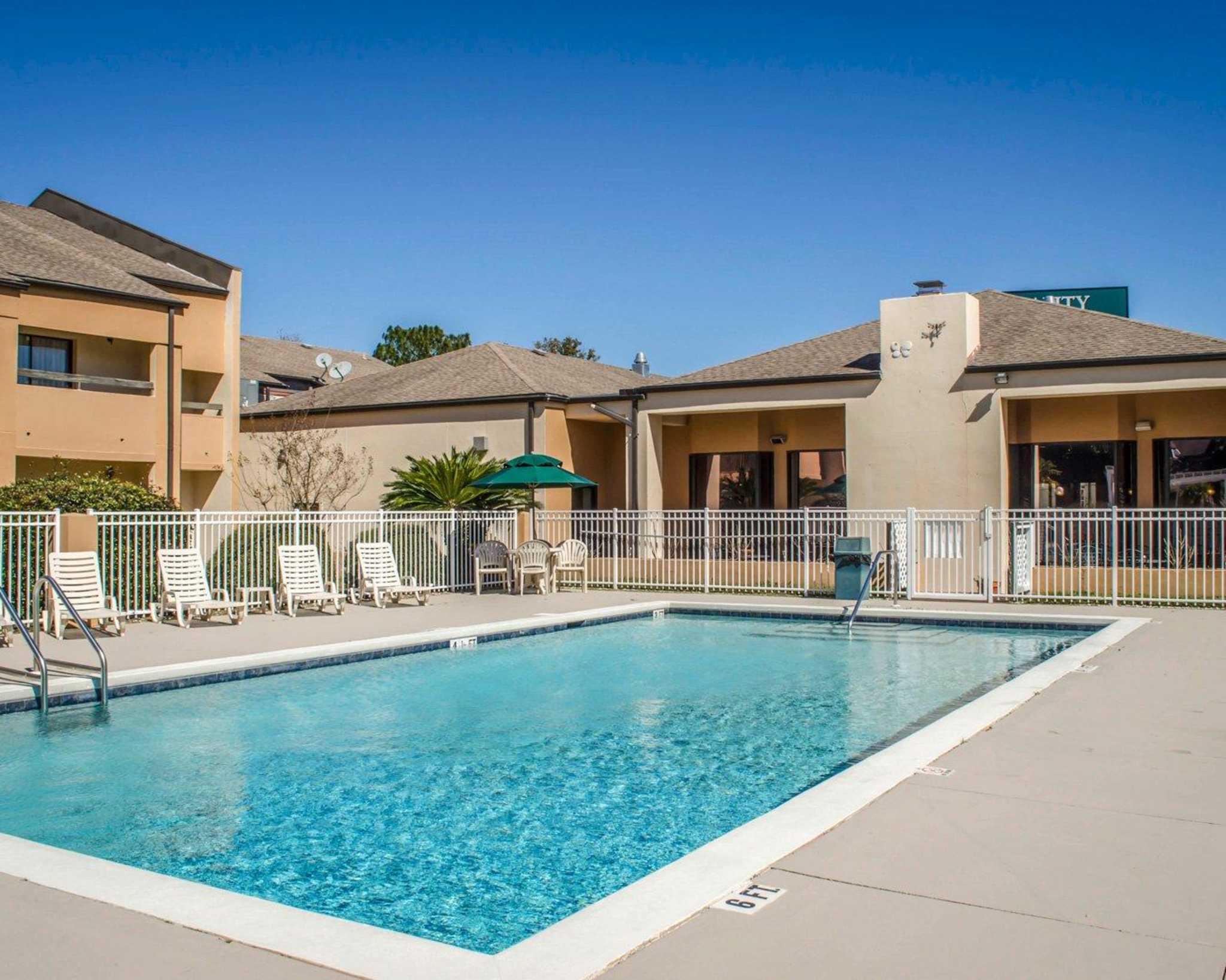 Quality Inn & Suites Pensacola Bayview in Pensacola, FL, photo #25