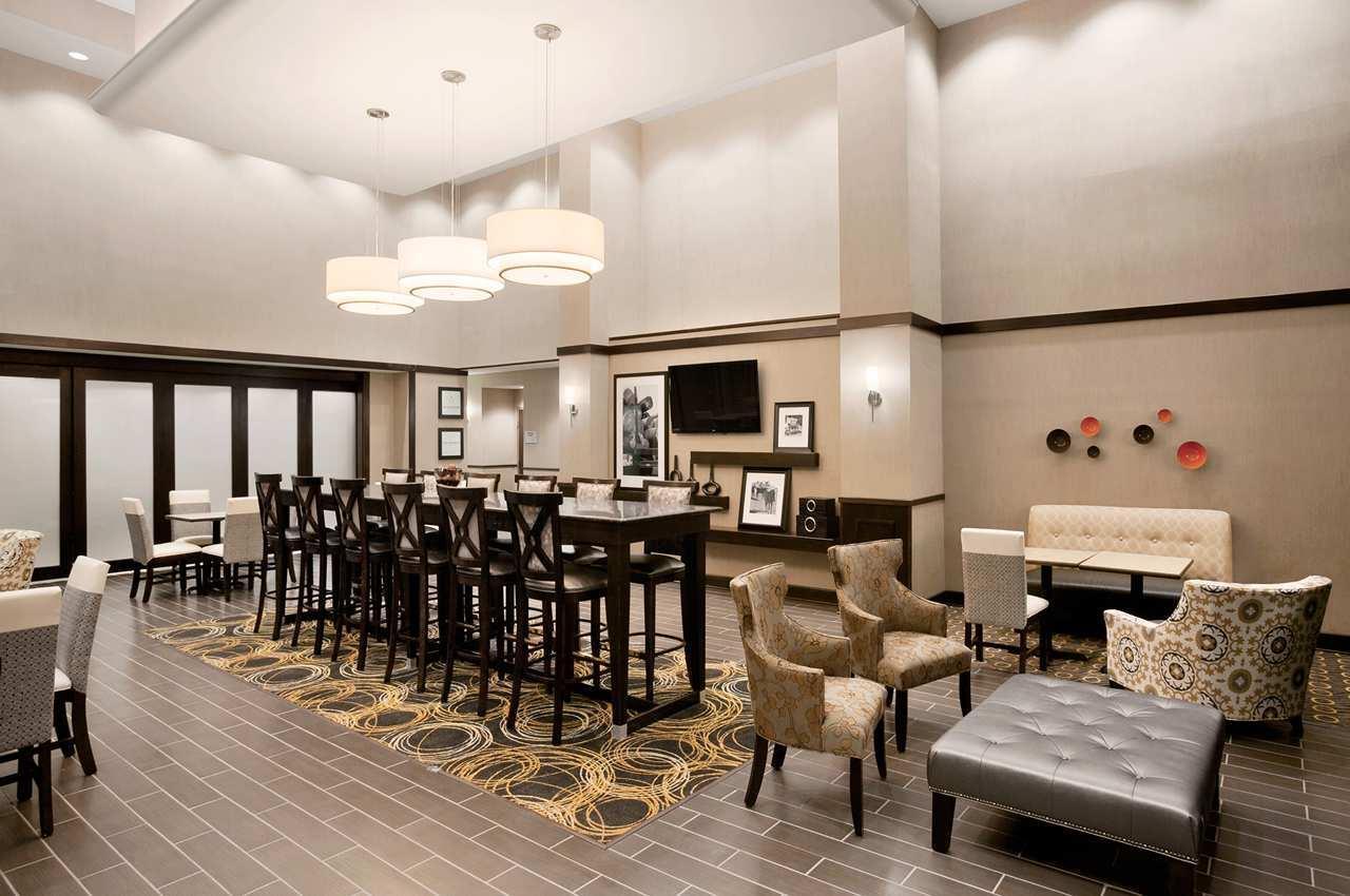 Hampton Inn & Suites Mansfield image 5