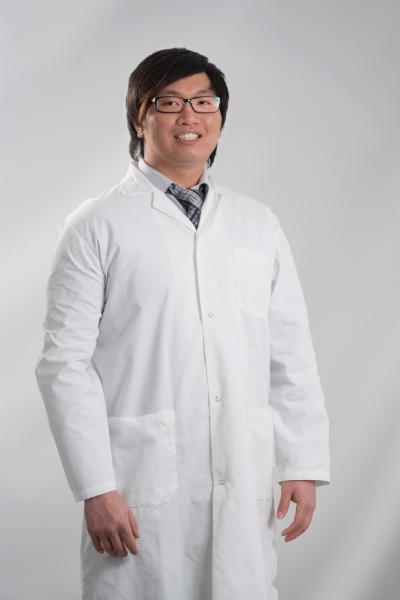 Clinique Dentaire Soleil à Montréal: Dr Simon