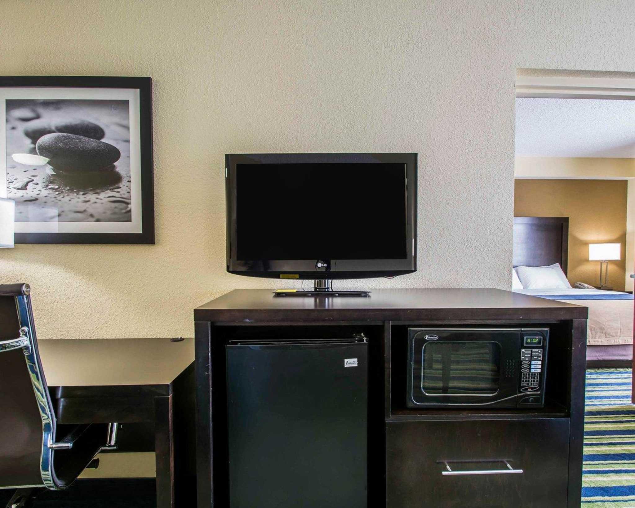 Comfort Inn & Suites Lantana - West Palm Beach South image 22