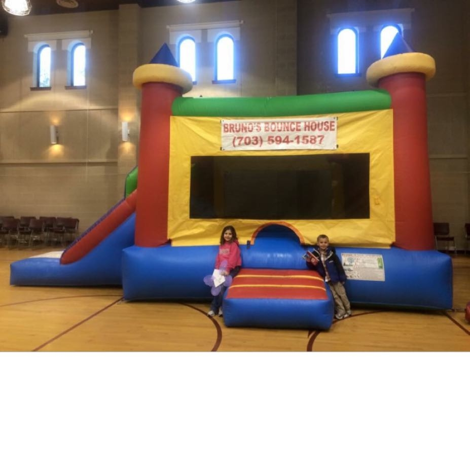 Bruno 39 s bounce house in bristow va 703 594 1 for Decor rent event woodbridge va