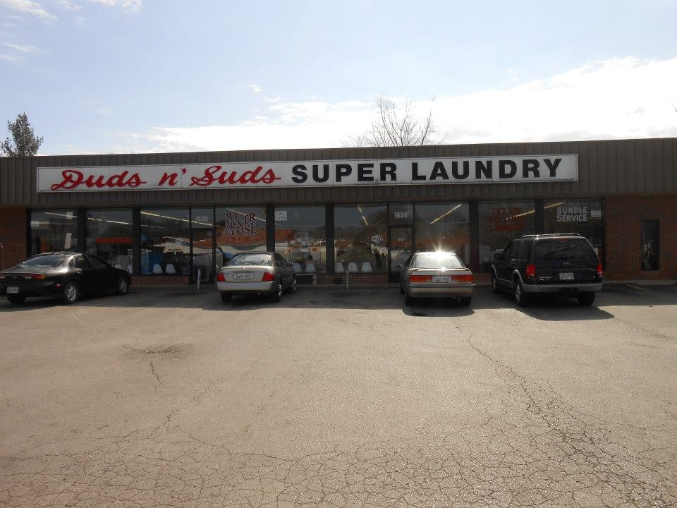 Duds N Suds Laundry image 0