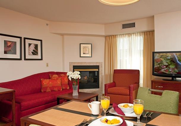 Residence Inn by Marriott Grand Rapids West image 3
