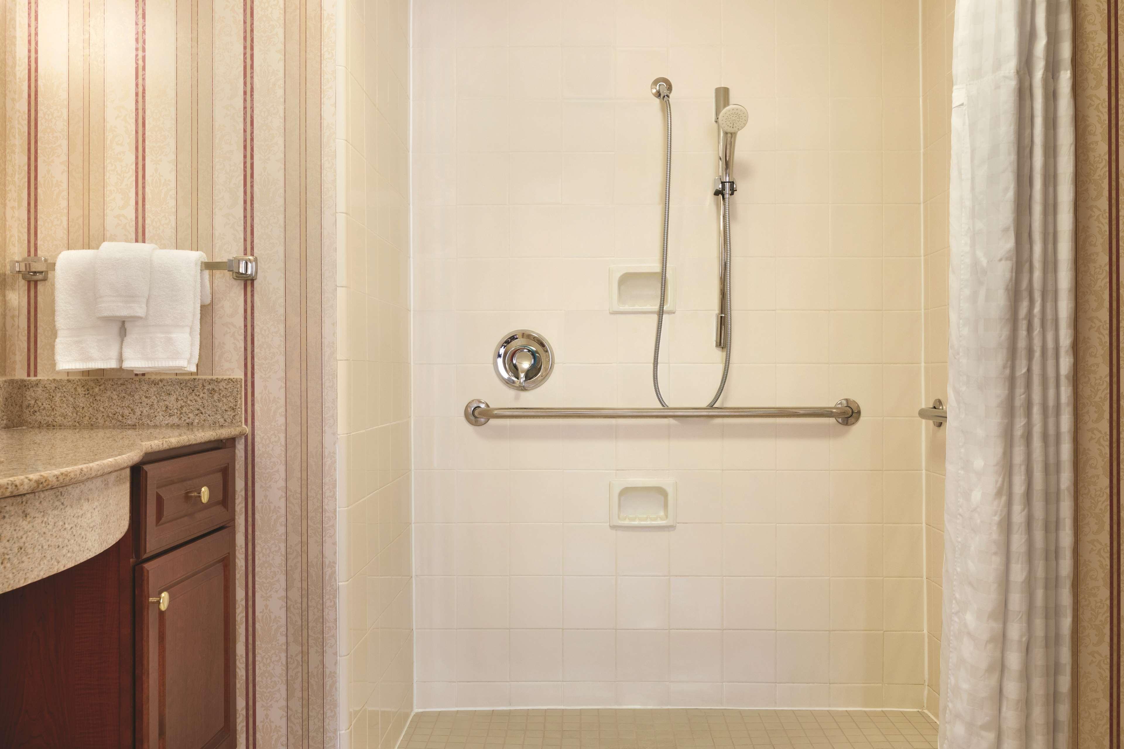 Homewood Suites by Hilton Detroit-Troy image 26