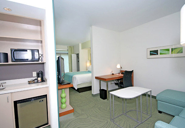 SpringHill Suites by Marriott Winston-Salem Hanes Mall image 8
