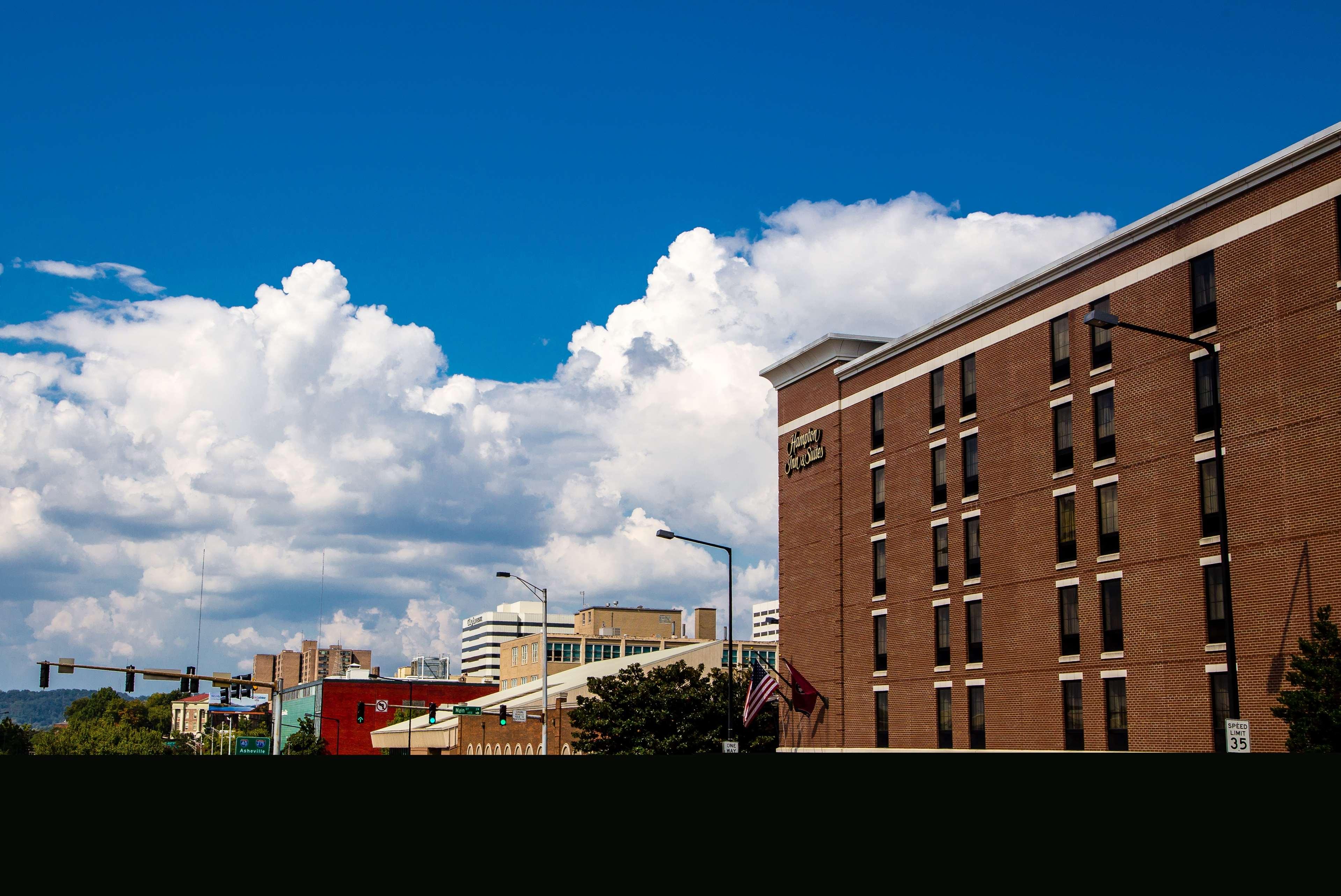 Hampton Inn & Suites Knoxville-Downtown
