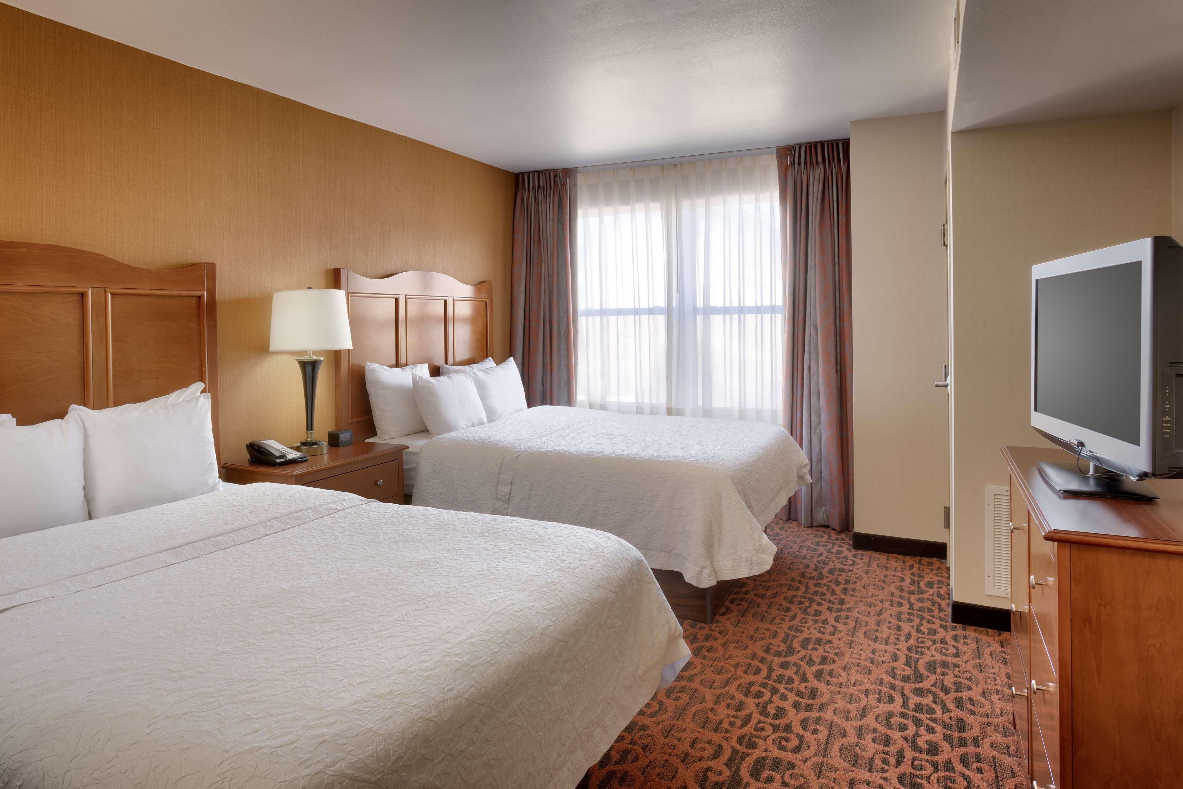Hampton Inn & Suites Orem image 8
