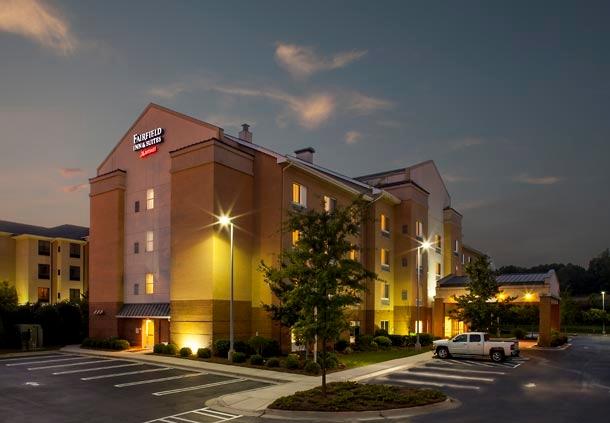 Fairfield Inn & Suites by Marriott Atlanta Stonecrest image 0