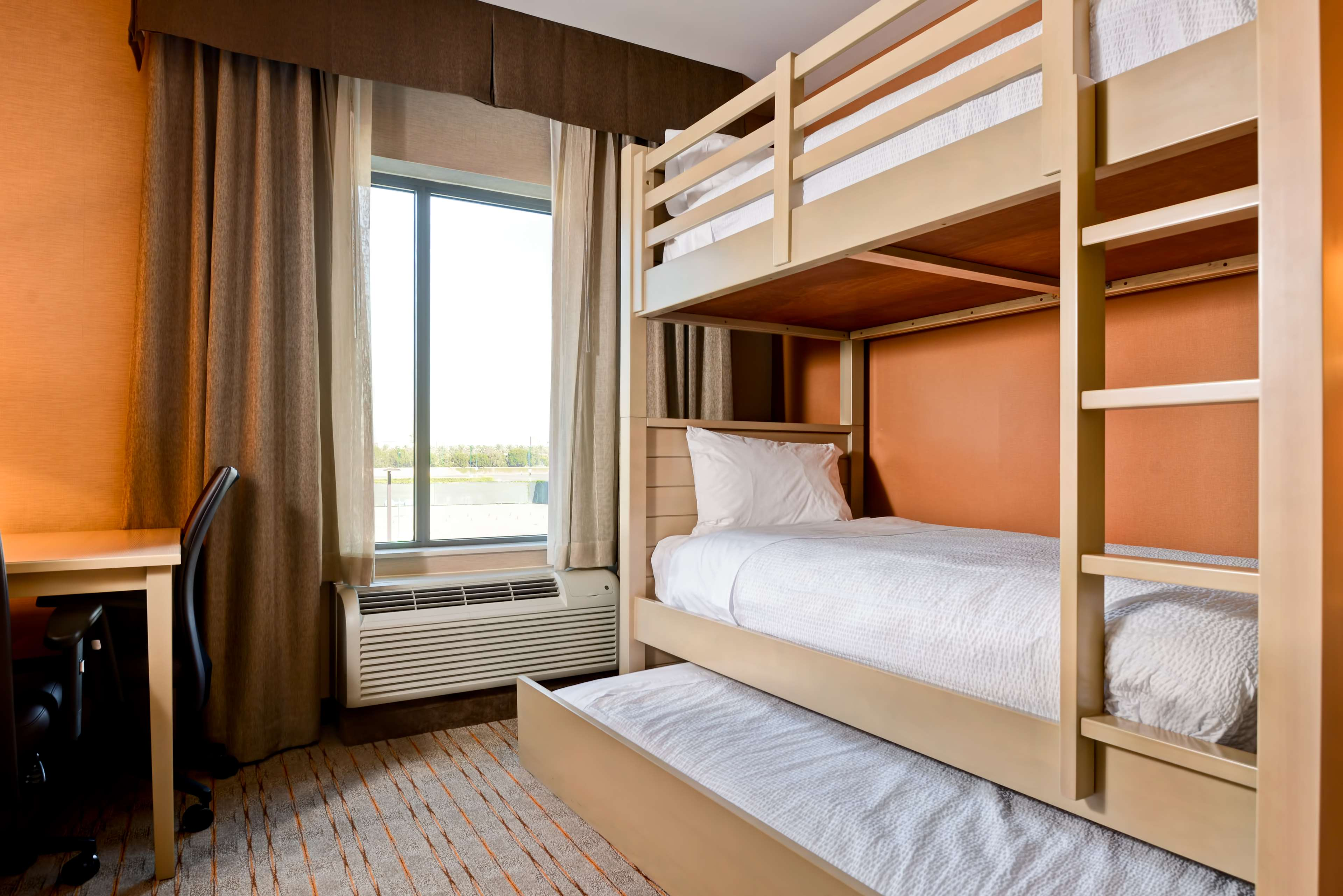 Homewood Suites by Hilton Anaheim Resort - Convention Center image 16