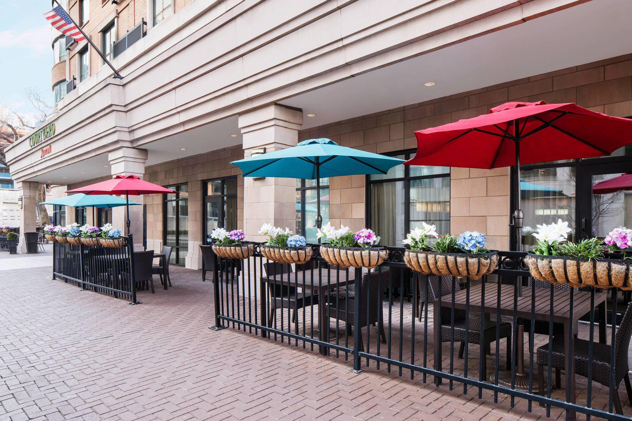 Courtyard by Marriott Washington Capitol Hill/Navy Yard