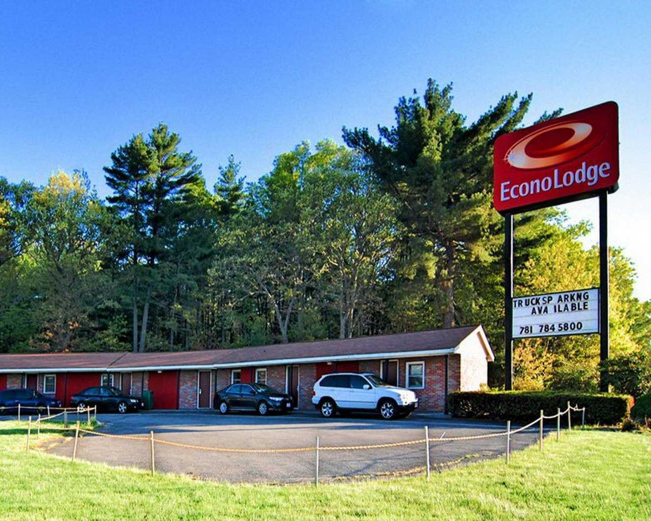 Hotels Near Sharon Ma