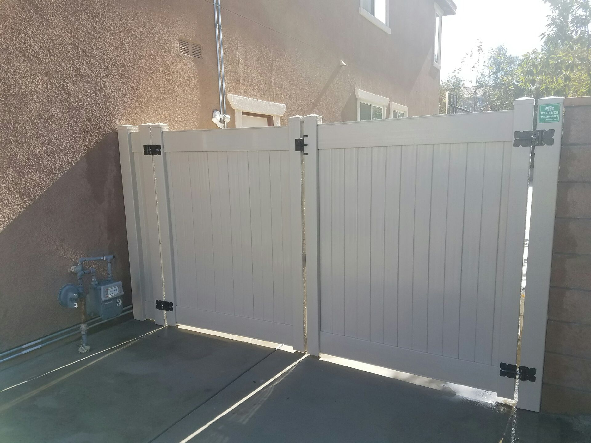 3T Fence image 36