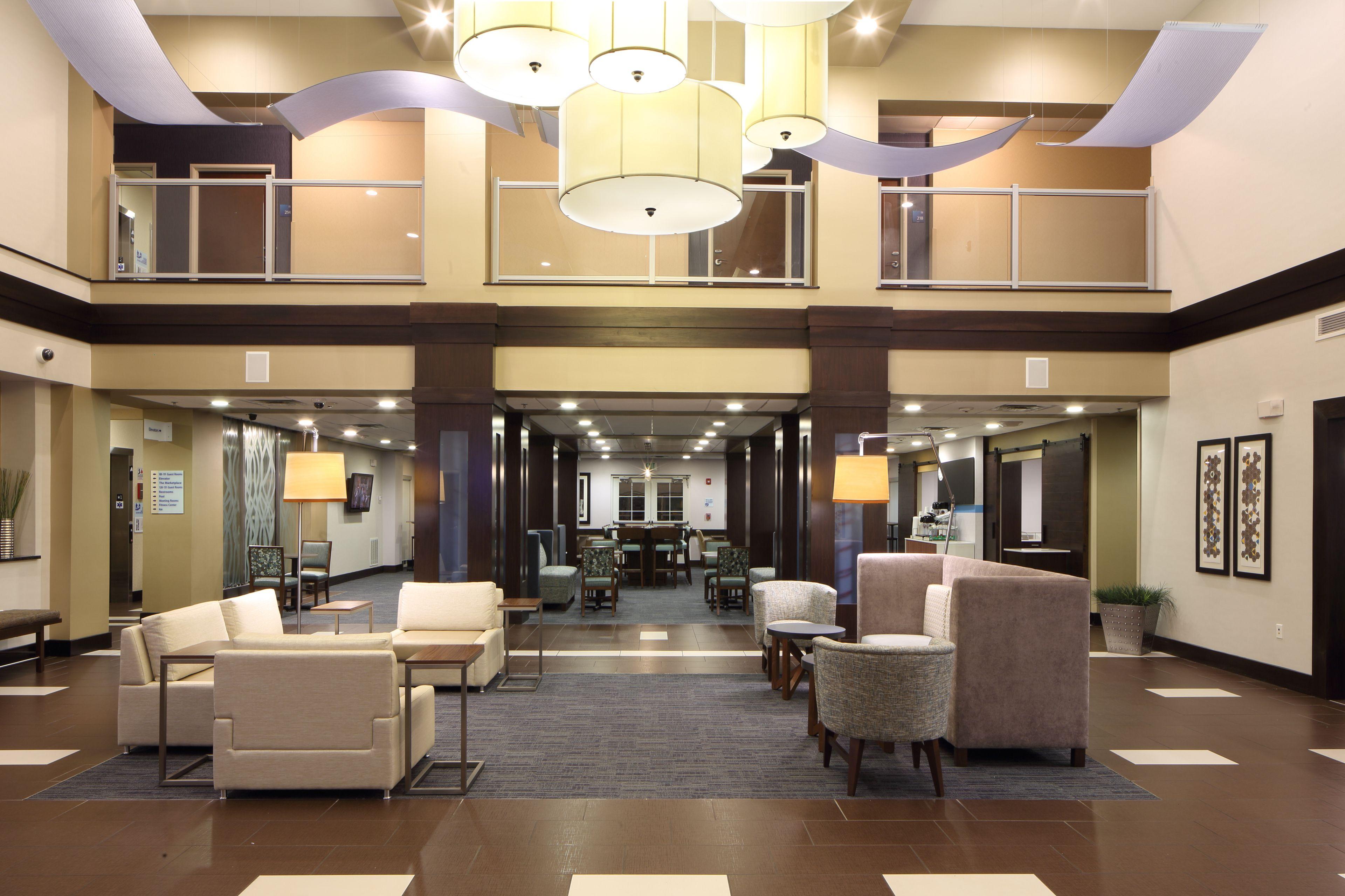 Holiday Inn Express & Suites Atlanta Arpt West - Camp Creek image 6