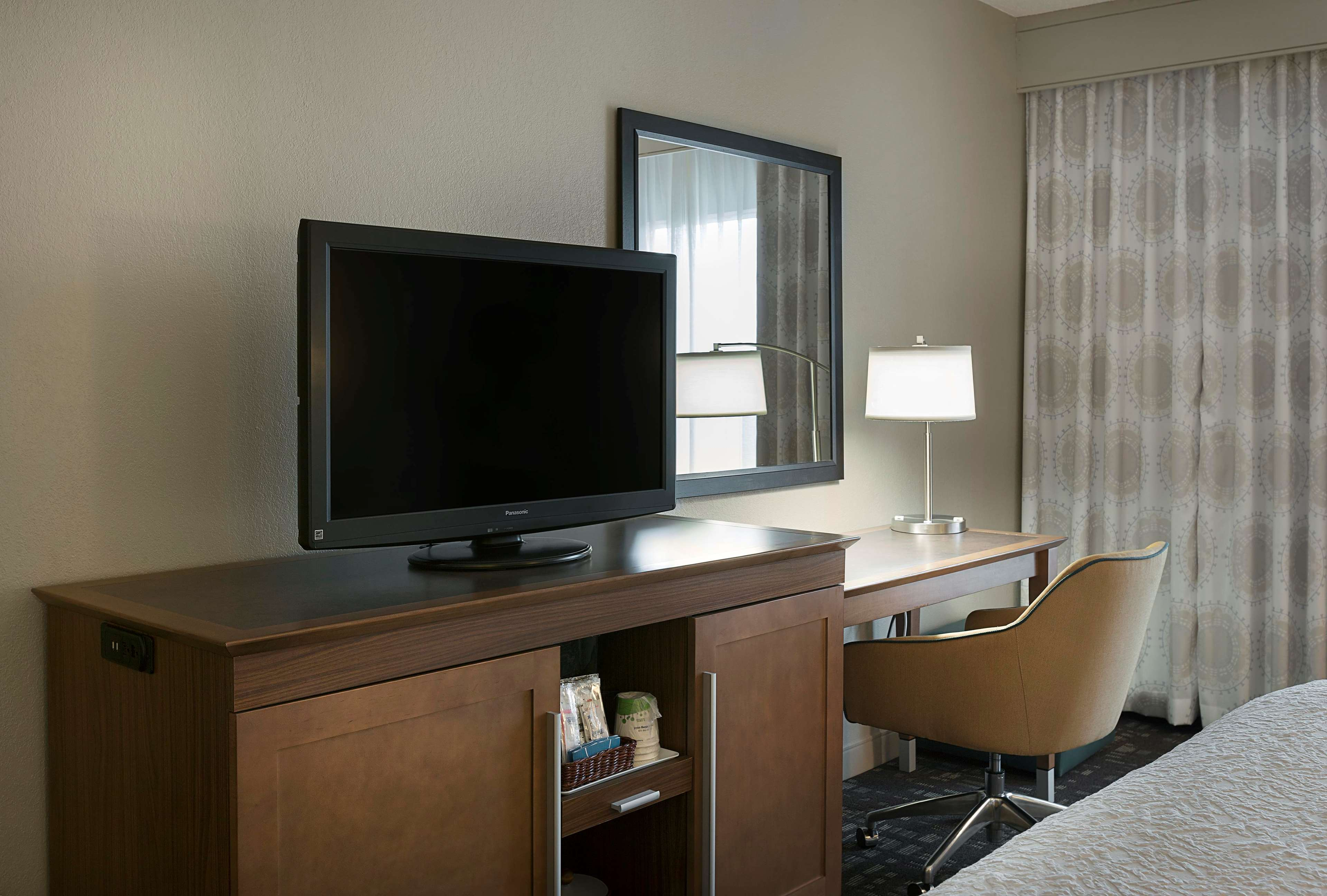 Hampton Inn & Suites Charlotte/Pineville image 15
