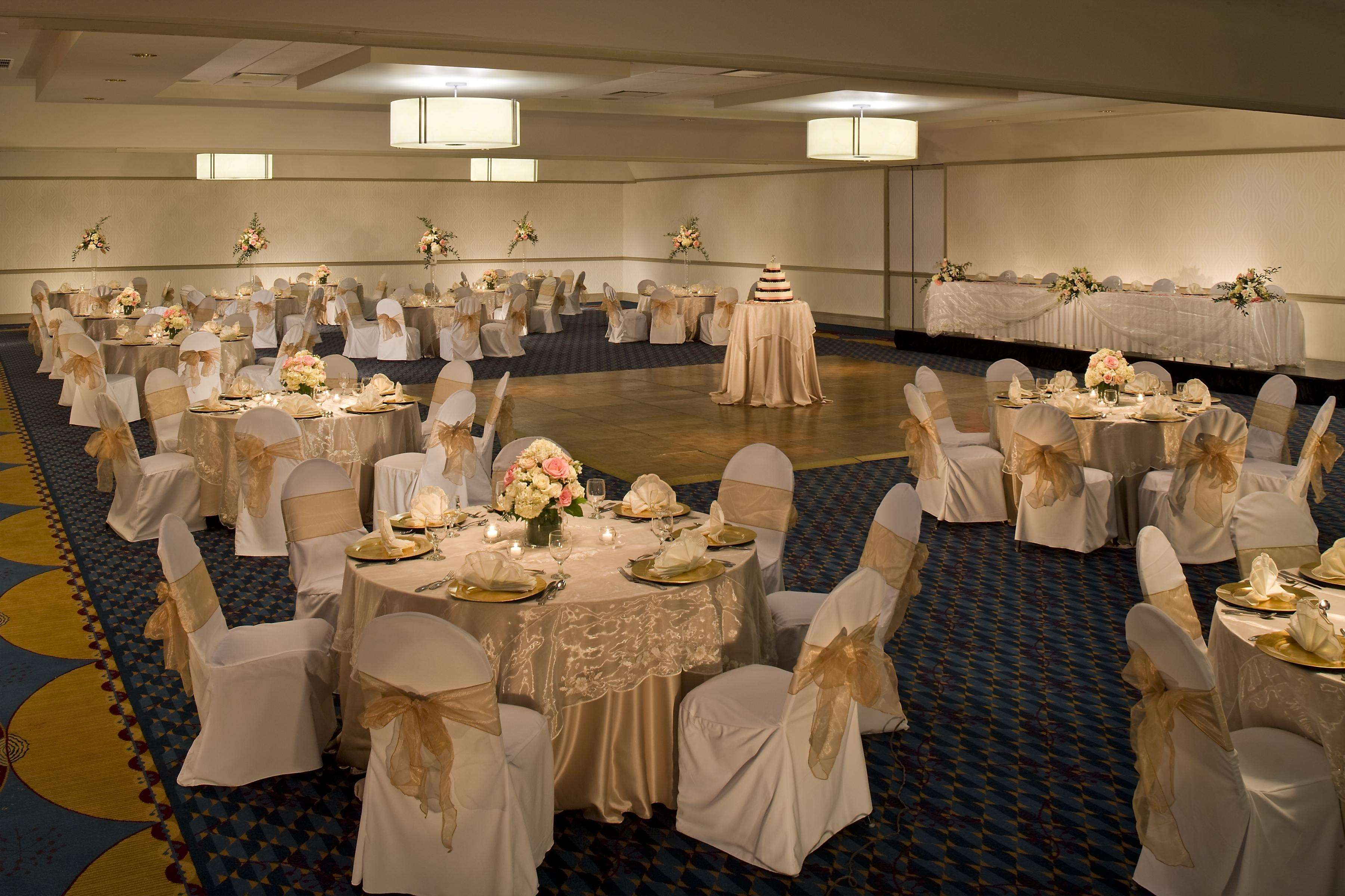 DoubleTree by Hilton Hotel Pittsburgh - Monroeville Convention Center image 19