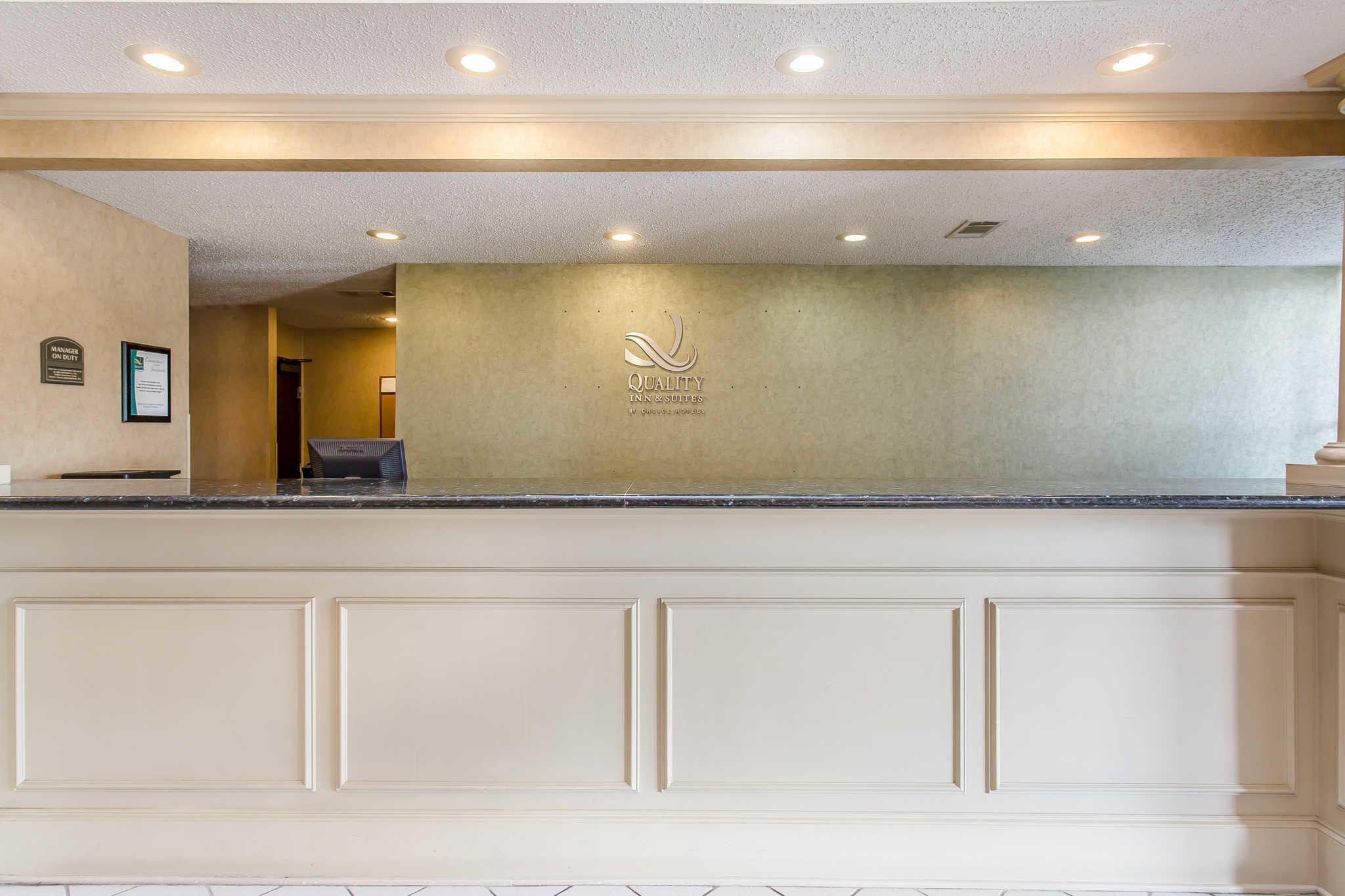 Quality Inn & Suites Durant image 3