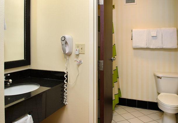 Fairfield Inn by Marriott St. Louis Fenton image 8