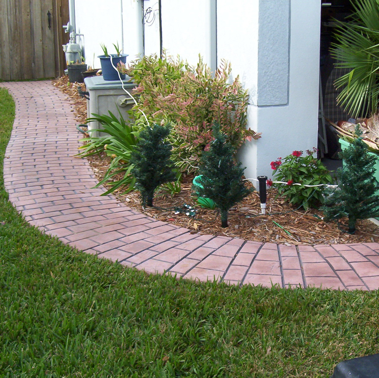 DFW Concrete Edge image 1
