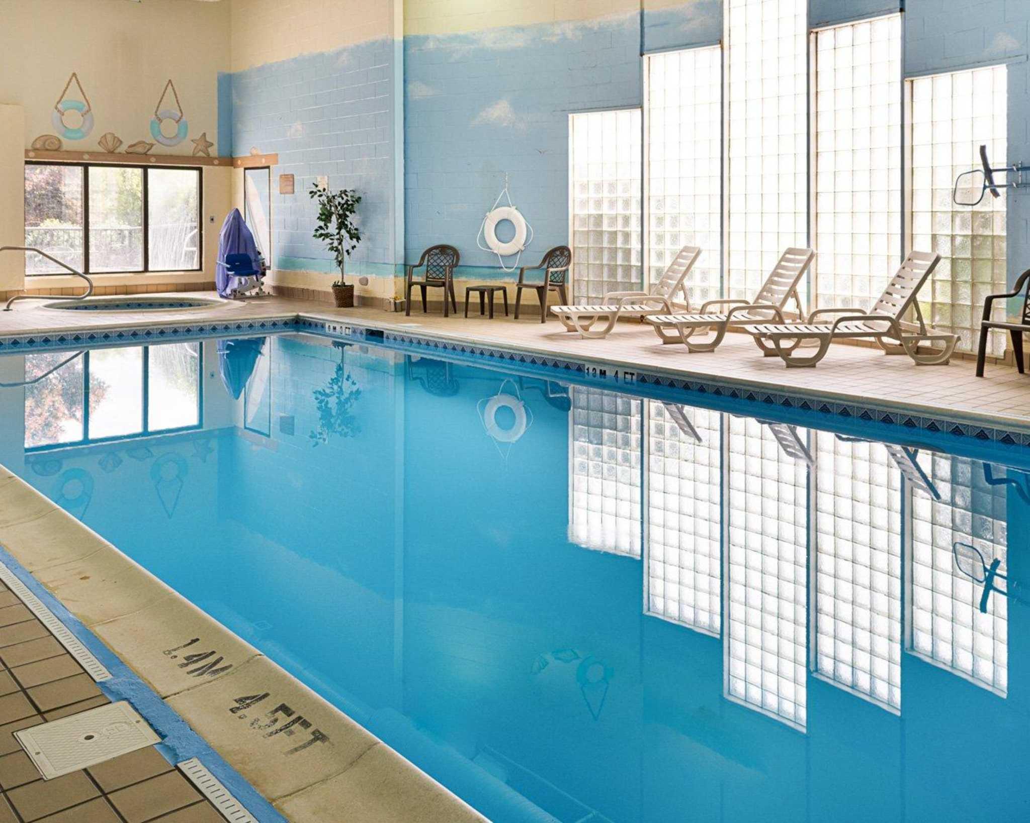 Comfort Suites Southpark image 2