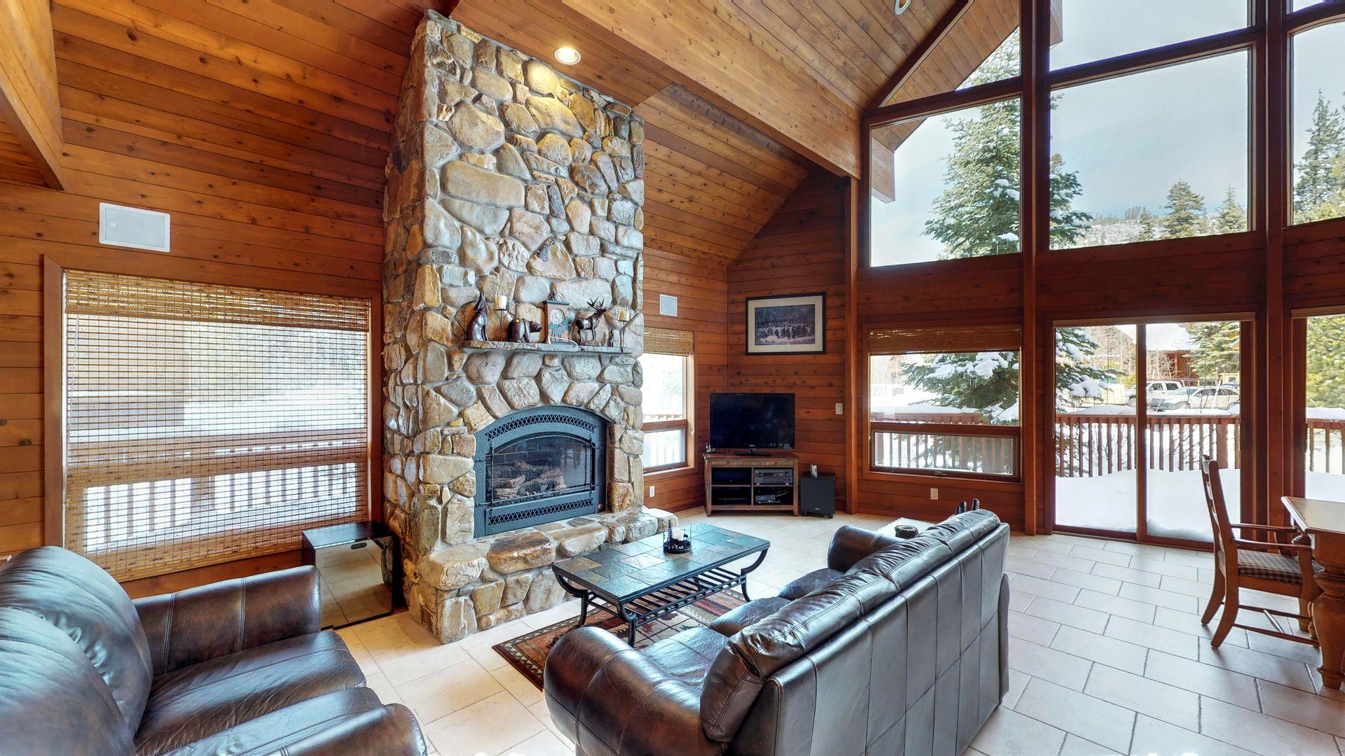 Tahoe Signature Properties image 52